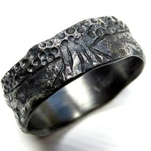 Black-Silver-Tree-of-Life-Rustic-Viking-Wedding-Ring4-600x450-1