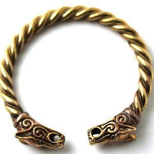 Bronze-Fenrir-Wolf-Head-Armband-by-LynnAround1_-600x547-1