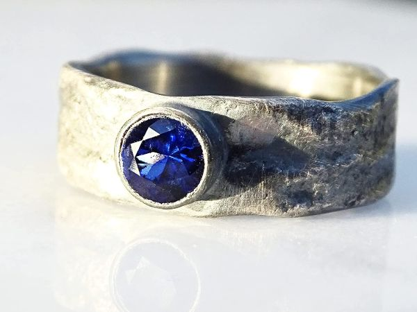 molten silver ring sapphire mens ring4