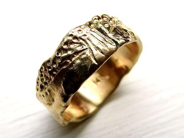 viking wedding band gold engagement ring molten gold1