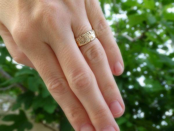 viking wedding band gold engagement ring molten gold2